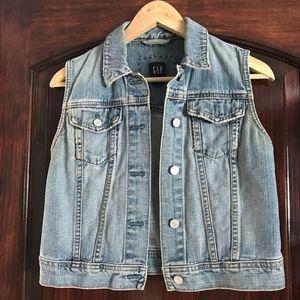 Gap - Medium Jean Vest